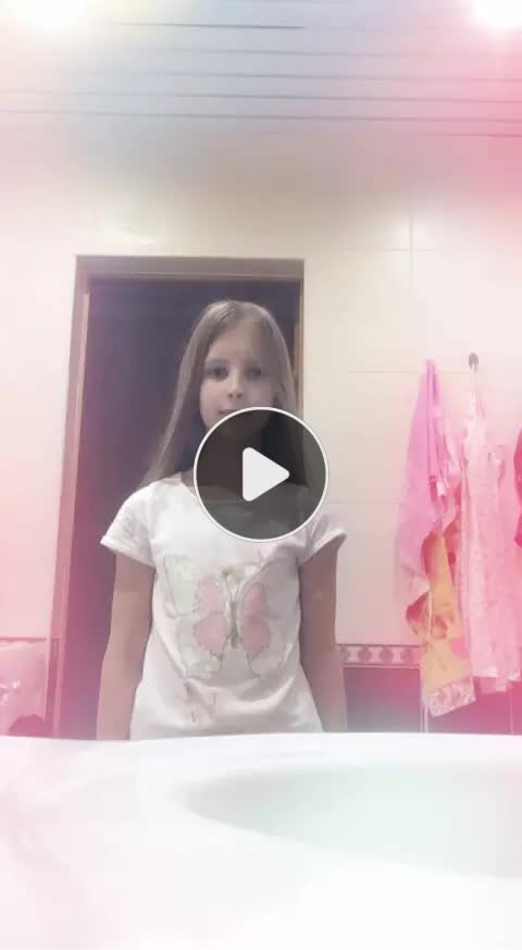 Викуля катюля 🐱(@257678006) on Likee: Likee - Special Effects, Valuable Content & Youth Community!